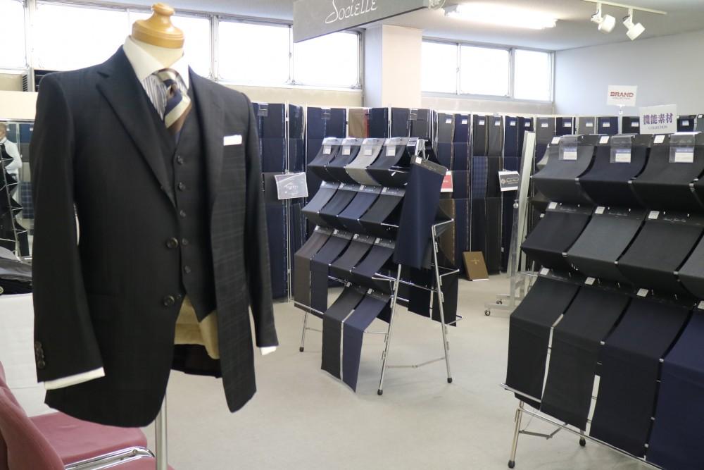 紳士オーダースーツ
